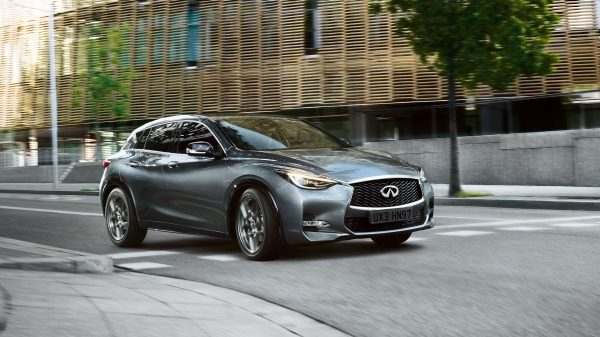 INFINITI Q30 Premium Active Crossover Performance Acceleration Swell