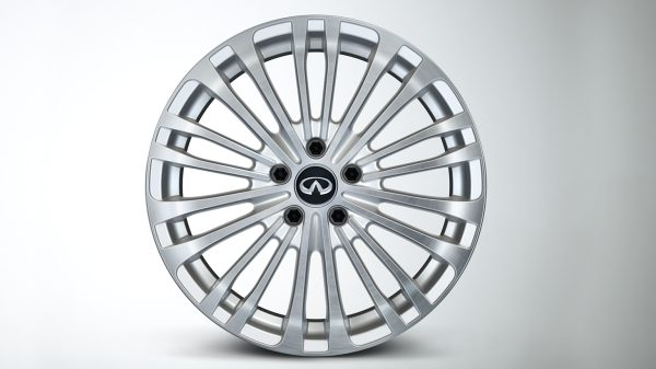INFINITI Q30 Premium Active Crossover Accessories 18Inch Alloy Wheel