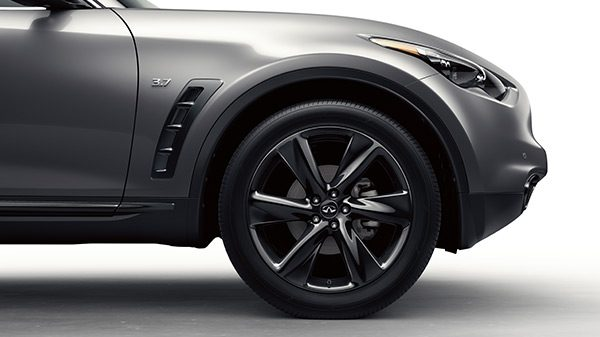 INFINITI QX70 Crossover SUV Exterior Large 21 Inch Alloy Wheels