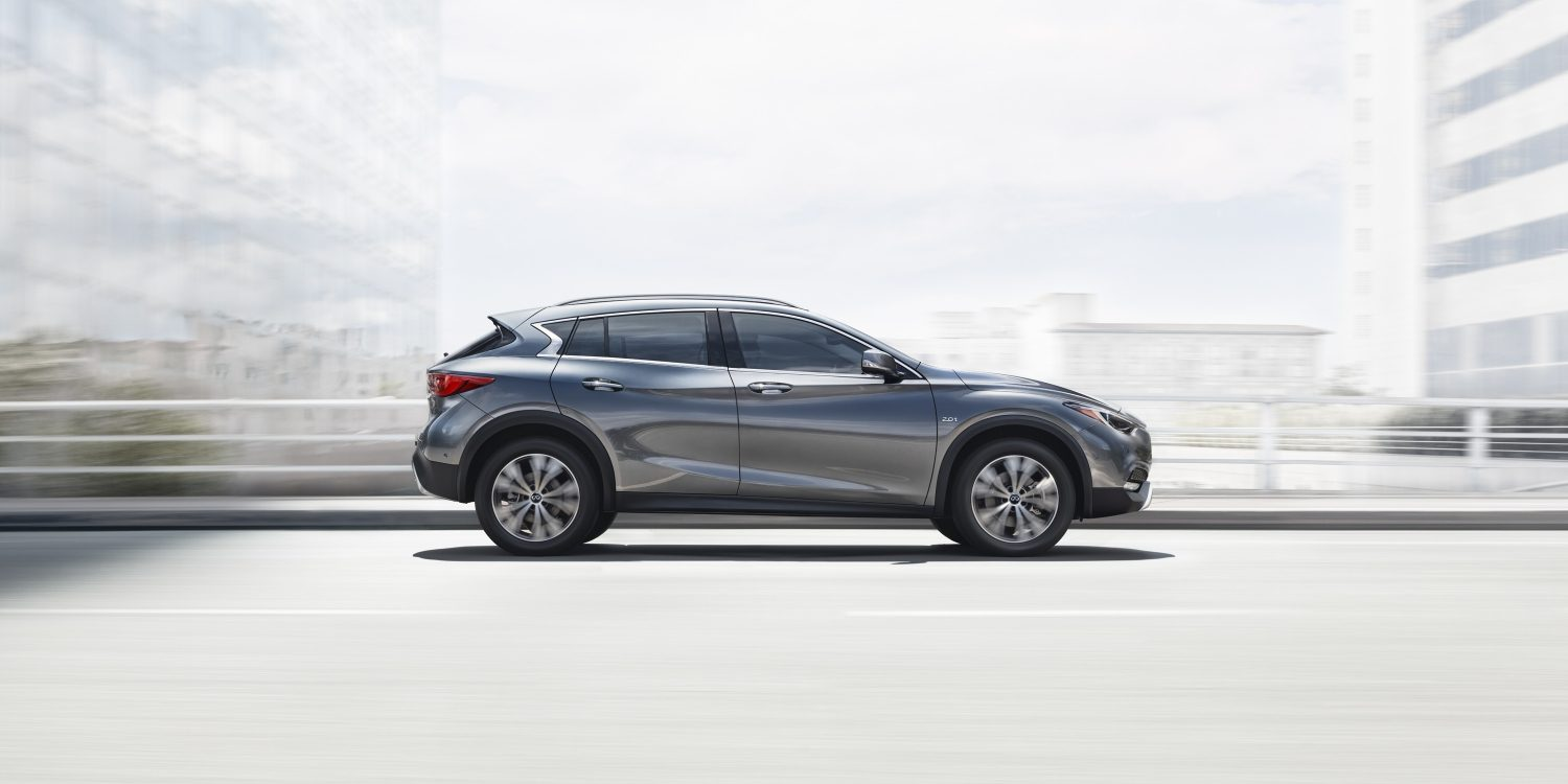 2018 INFINITI QX30 Premium Crossover Connectivity