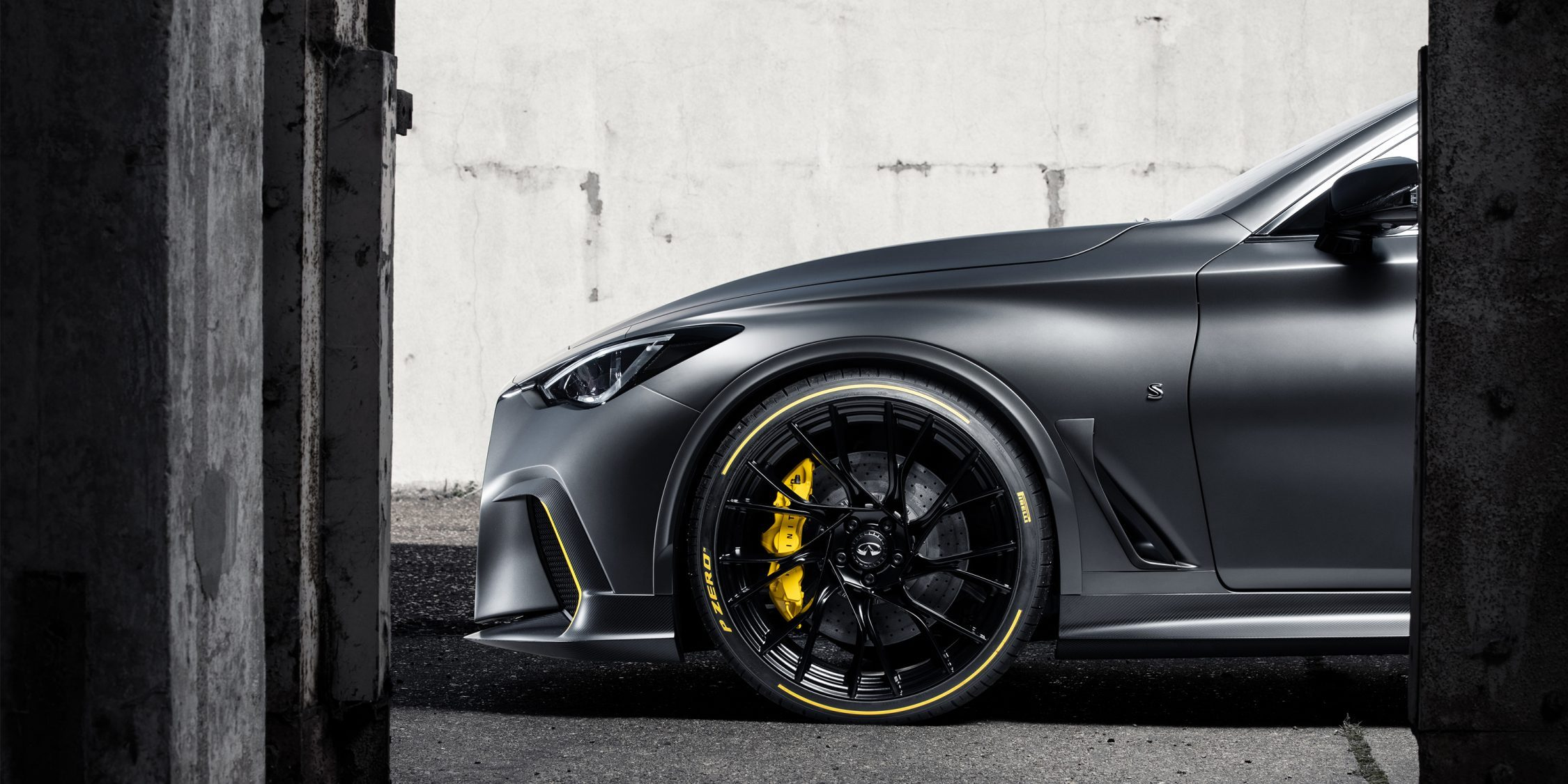 Infiniti Project Black S vehicle features flared wheel arches and enlarged air intakes