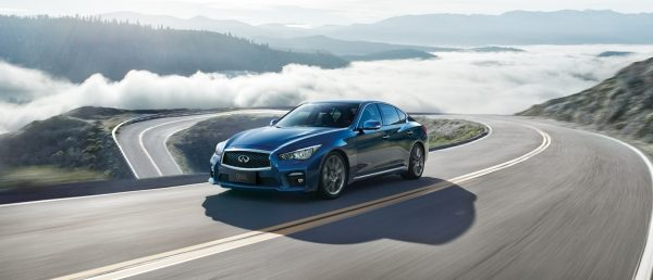 High Performance Hybrid System | INFINITI
