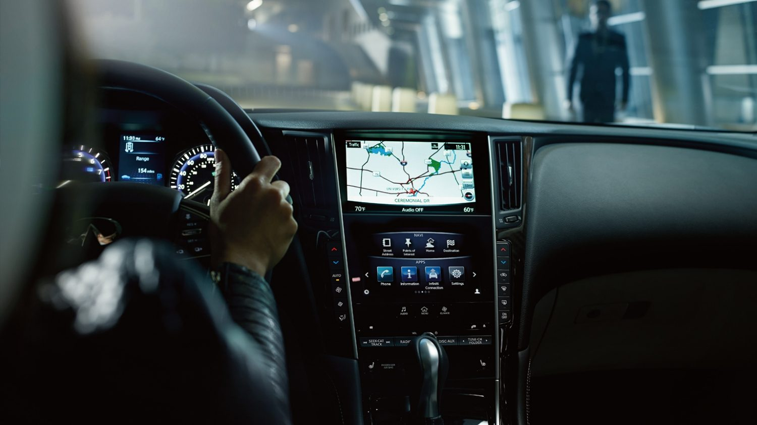 Driver Connectivity Infiniti Intouch System | INFINITI