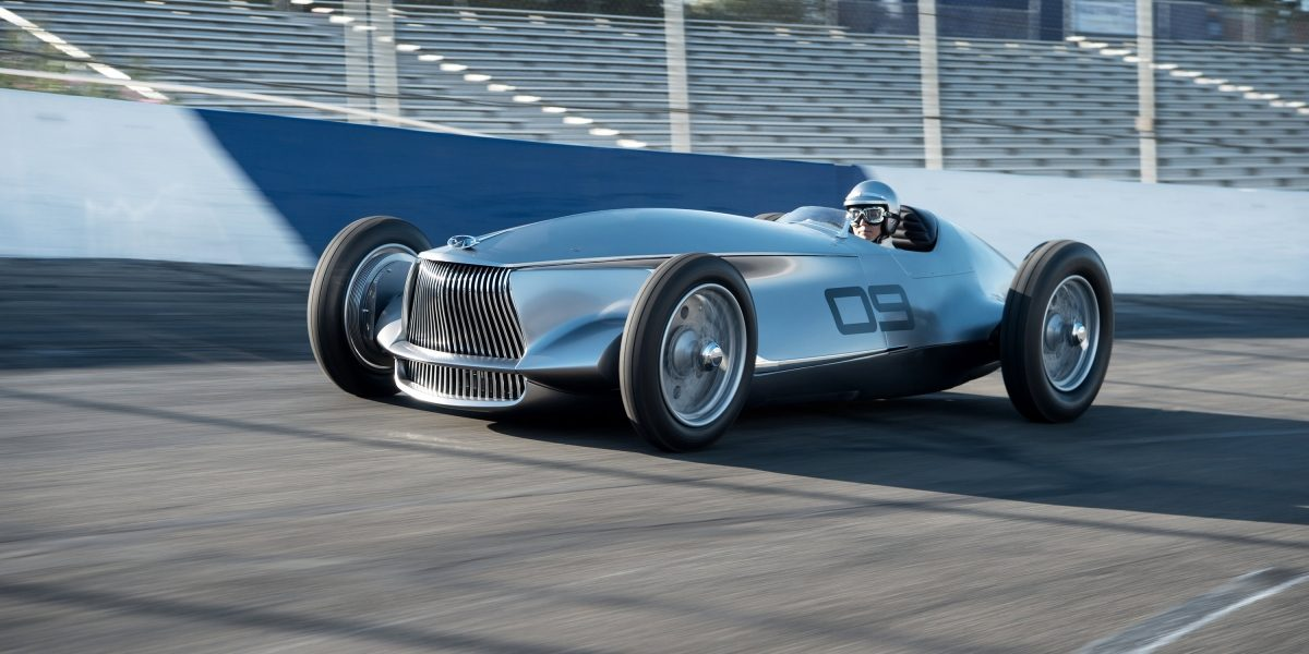 An Engaging EV to Drive | INFINITI Prototype 9 e-roadster